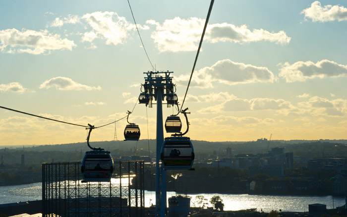 Choose a boat to Greenwich and then enjoy Emirates Airline
