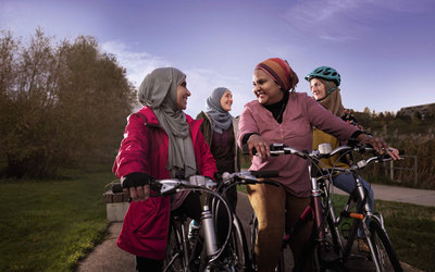 women cyclists - tfl getting active cyclists