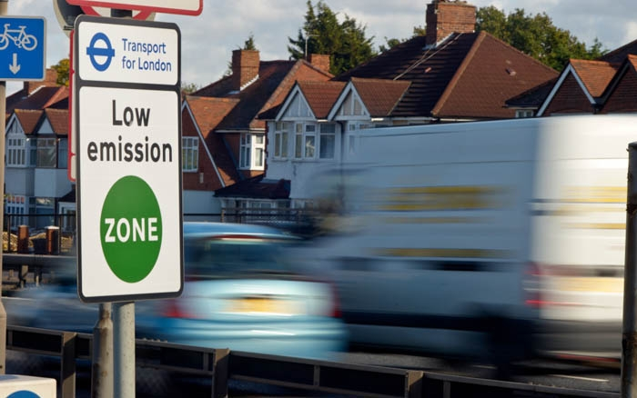 Low Emission Zone Signs